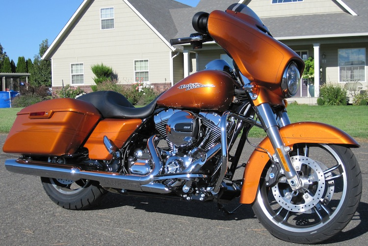 2014 Street Glide Special Review, Pictures, and Video; Law Abiding